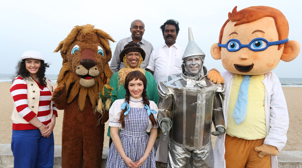 The Oz Gang with Ollie the Optometrist
