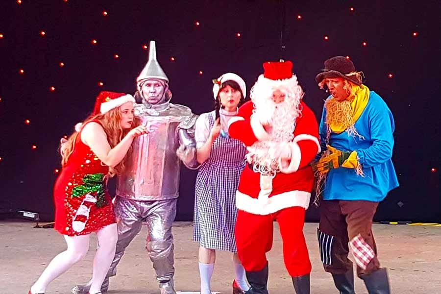 Oz Christmas Show